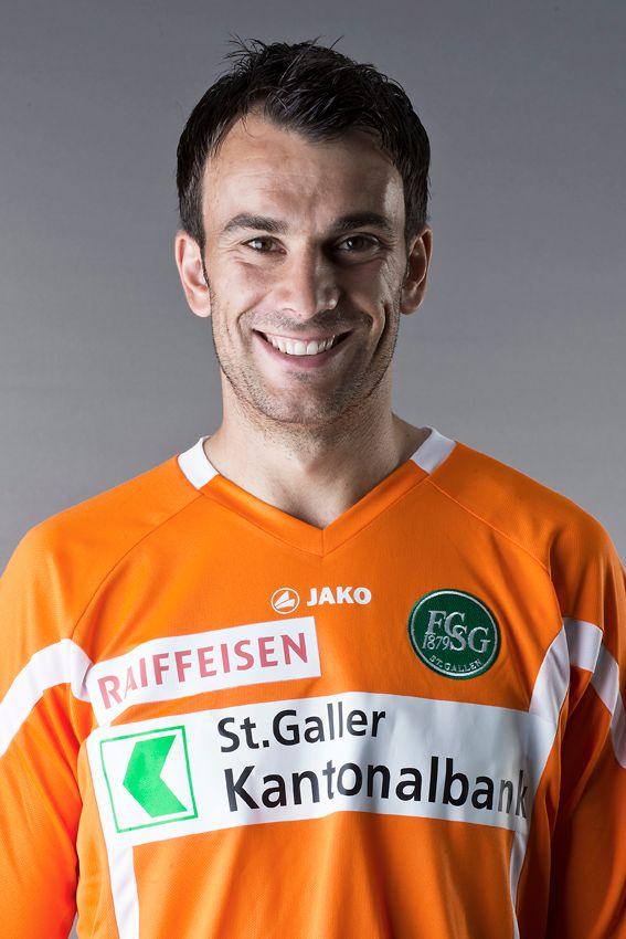 Daniel Lopar bleibt dem FC St.Gallen treu