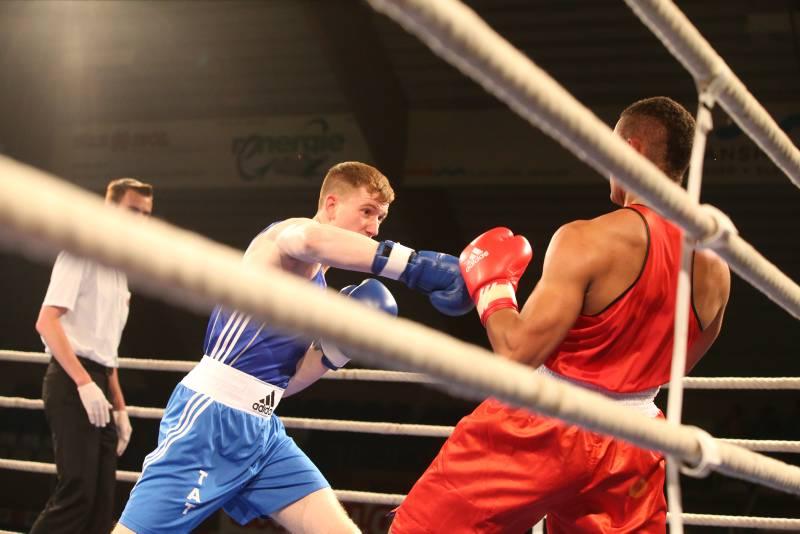 Boxteam Langenargen besiegt Boxgemeinschaft Ostschweiz mit 9:8
