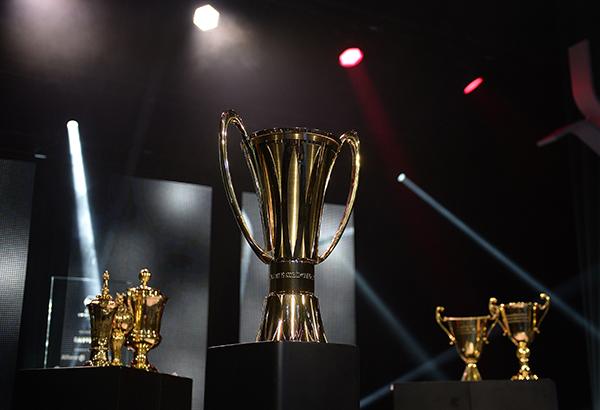 Der neue Meisterpokal geht auf Tour