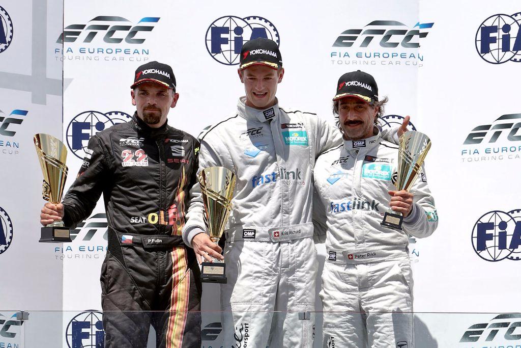 Rikli Motorsport bleibt weiterhin vorn