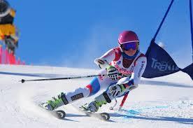 Aline Höpli Schweizermeisterin U16 im Super-G