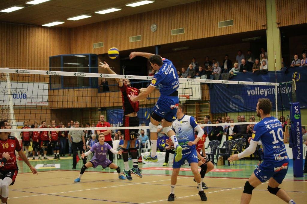 LINDAREN Volley Amriswils Siegesserie geht weiter