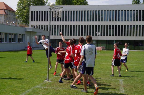 Neukirch-Roggwil dominiert Jugend Korbball Spieltag