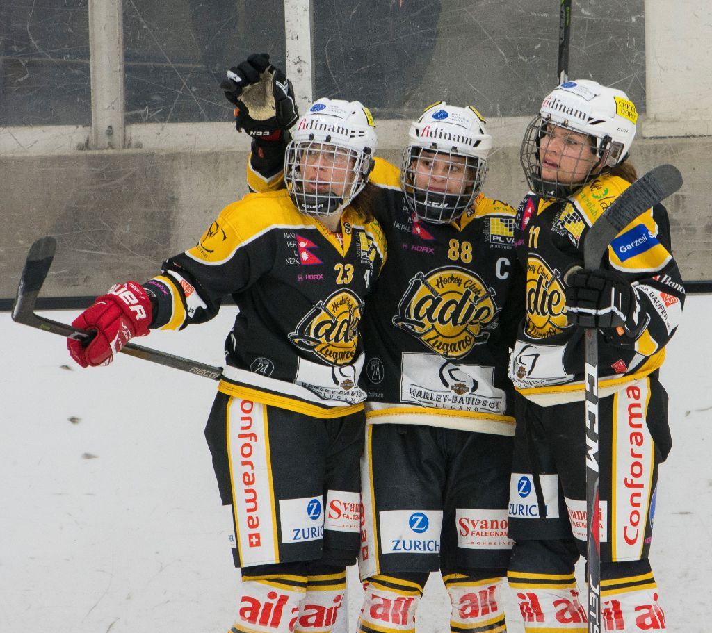 Start in die Meisterschaft der Women's League