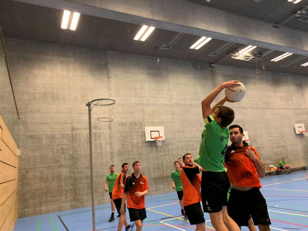 Ausgeglichene Herren Korbball Regionalmeisterschaften 2019/20 mit sehr vielen Mannschaften