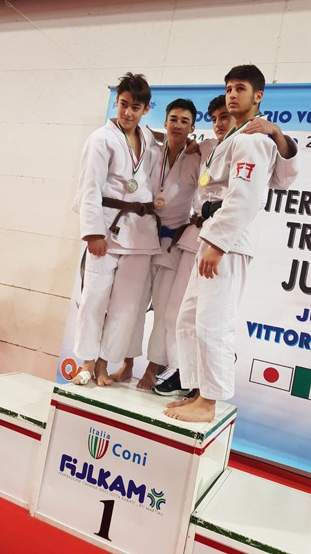 Gold an International Trophy Veneto (Italien)