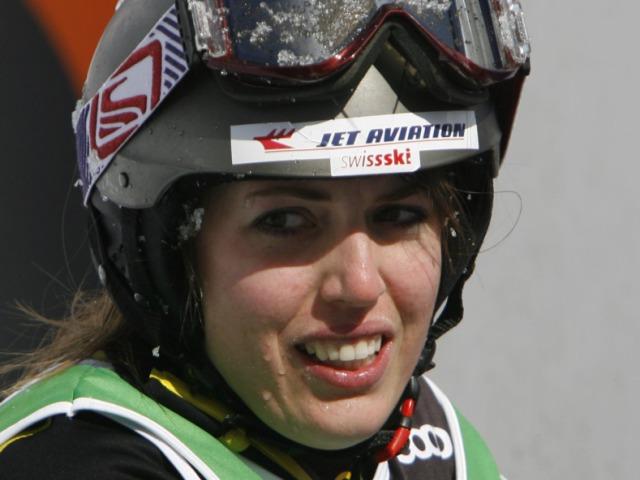 Erster Weltcupsieg für Skicrosserin Katrin Müller