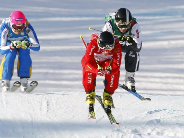 Schweizer Skicrosser mit grossartigem Weltcup-Start