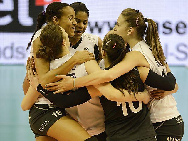 Lugano und Volero Zürich gewinnen Volleyball-Cupfinals