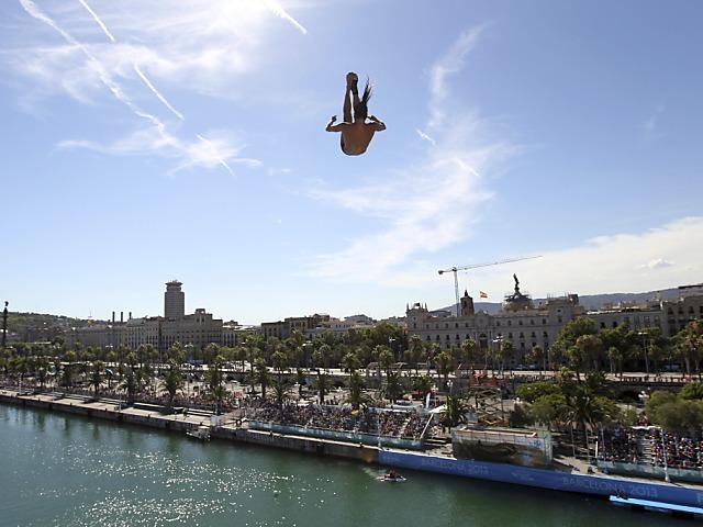 Orlando Duque triumphiert von der 27-m-Plattform