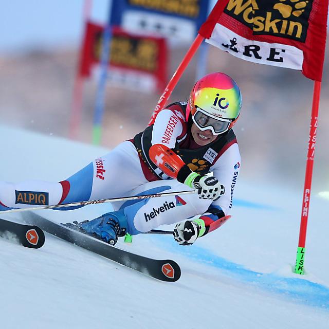 Dominique Gisin bei erstem Weltcupsieg von Sara Hector Siebente