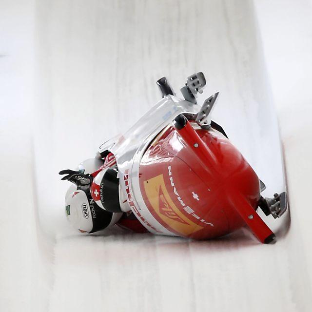 Schweizer Viererbob von Peter kippt in Sotschi