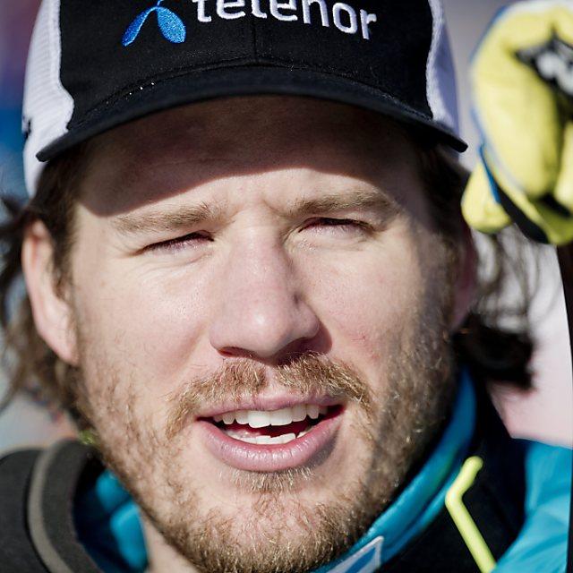 Jansrud siegt und gewinnt ersten Weltcup-Pokal