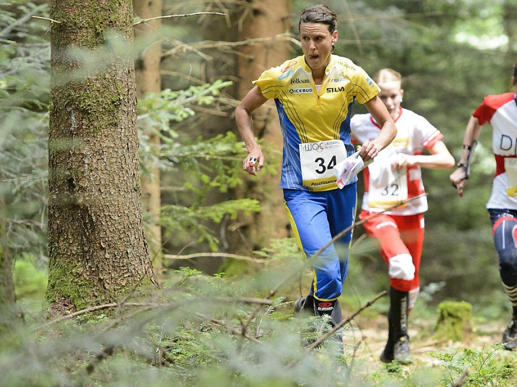 Annika Billstam gewinnt erneut Gold über die Mitteldistanz