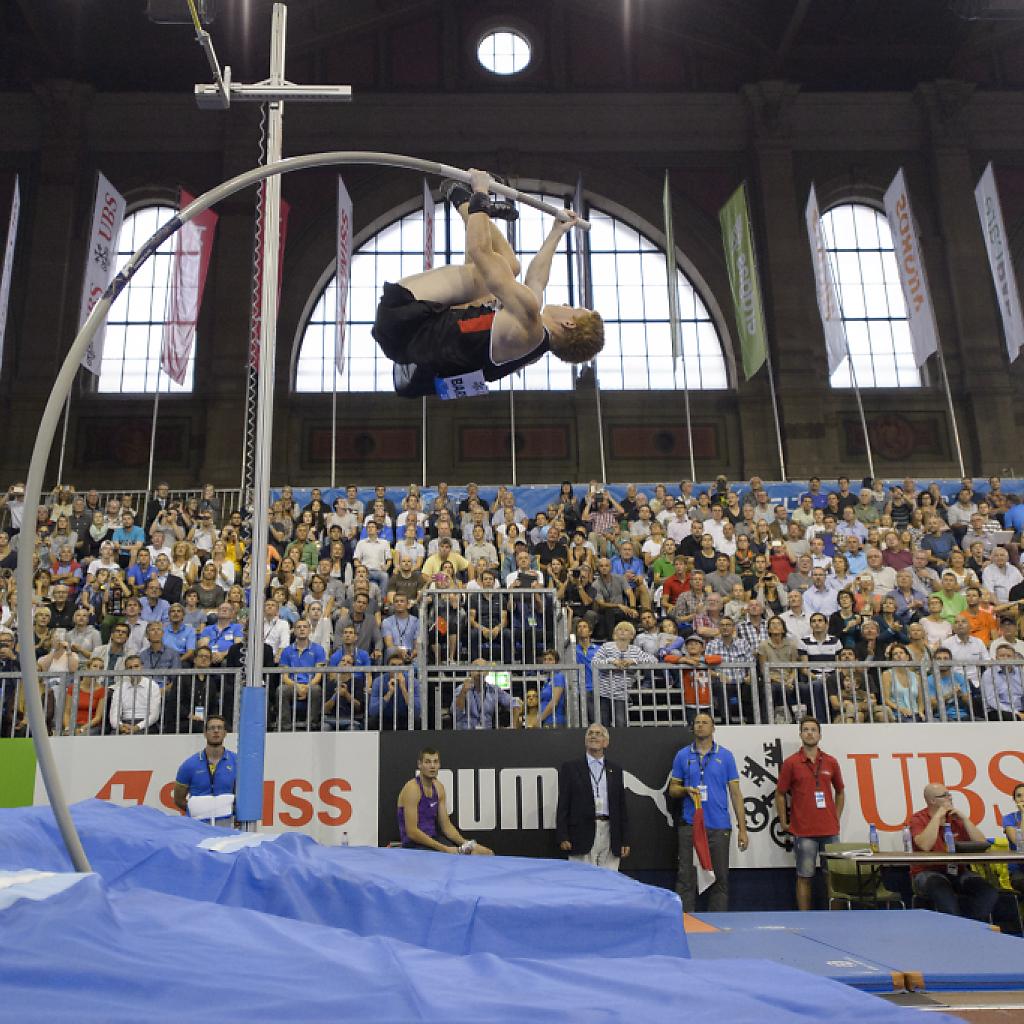 Shawn Barber bestätigt WM-Gold - 5,92 m in der Bahnhofhalle