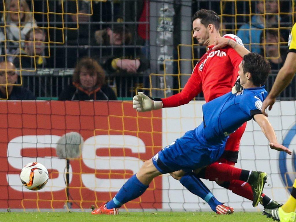Dortmund trotz Bürkis Lapsus im Cup eine Runde weiter