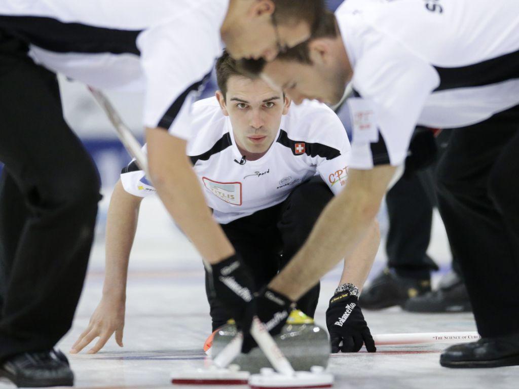 Zwischenziel erreicht: Curler im EM-Halbfinal