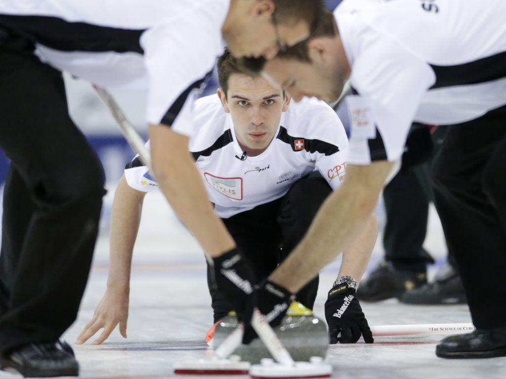 Die Schweizer Curler spielen um EM-Gold