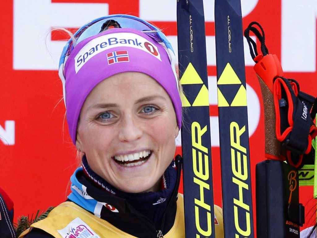 Therese Johaug dominiert auch in Davos